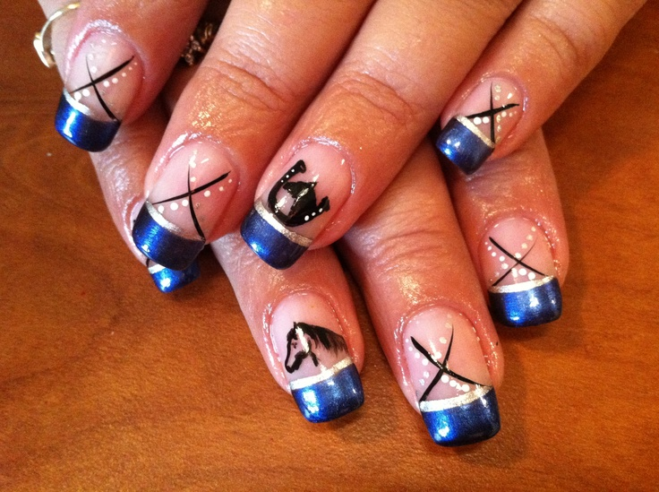 Manicure with an equestrian motif – Want it! Have it!