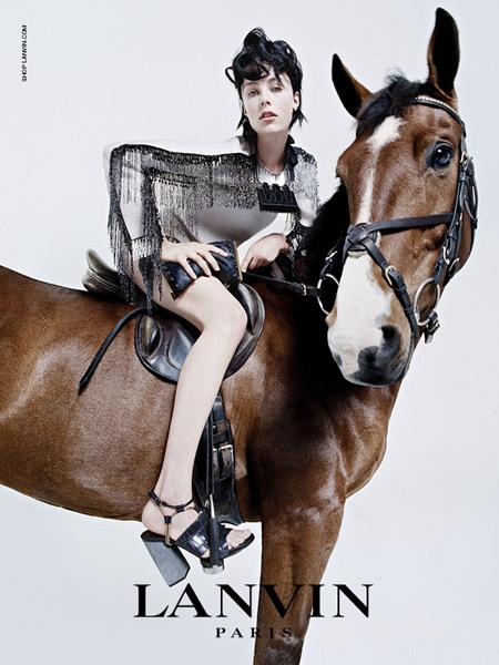 edie-horse_2981773a